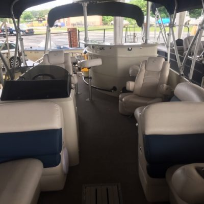 Premier Pontoon 260 Grand Entertainer 300hp Yamaha-boat-3